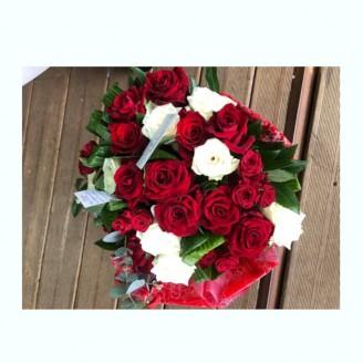 Bouquet de roses rouges et...